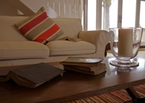 lounge P1030377